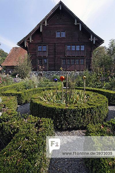 Haus Füssinger aus Siebratsreute  von 1705  Typ Rheintalhaus  Bauernhaus-Museum Wolfegg  Allgäu  Oberschwaben  Baden-Württemberg  Deutschland  Europa
