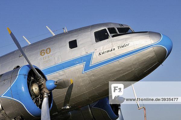 Detailansicht eines russischen Passagierflugzeuges Lissunow Li-2  eine Lizenzversion der Douglas DC-3  Deutschland  Europa