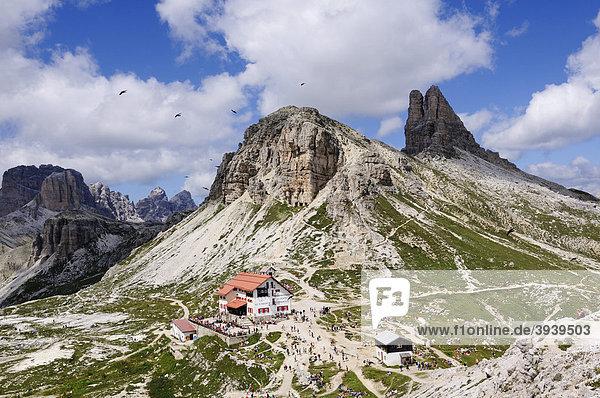 Dreizinnen-Hütte  Sextnerstein  Hochpustertal  Sextener Dolomiten  Südtirol  Italien  Europa