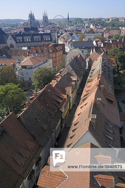 View over Erfurt  houses of the Kraemerbruecke bridge  Erfurt  Thuringia  Germany  Europe
