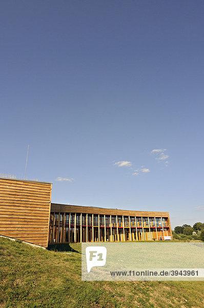 Das Niedrigenergiehaus des Slunakov Zentrums für Umweltschutz- und Lehrtätigkeiten  Design des Projektil Architekti Studio Architektenbüros  in Horka nad Moravou bei Olomouc  Olmütz  Tschechische Republik  Europa