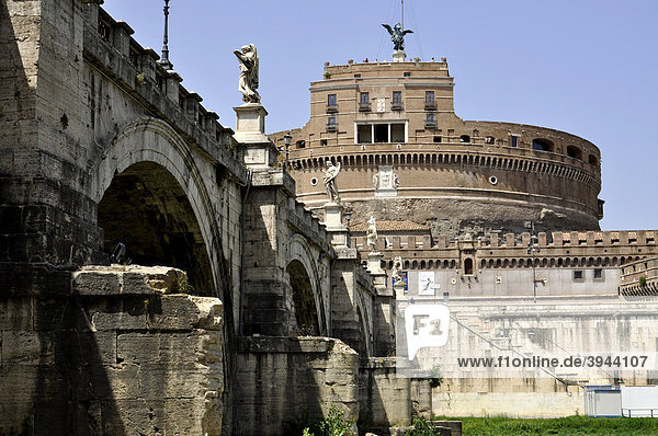Engelsbrücke  Engelsburg  Castel Sant' Angelo  Rom  Latium  Italien  Europa