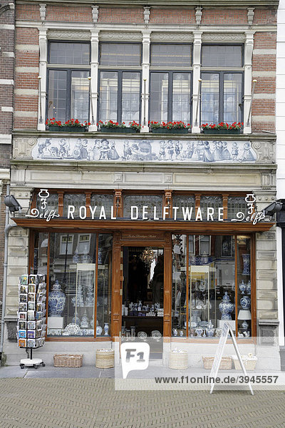 Geschäft für Royal Delftware in Delft  Niederlande  Europa