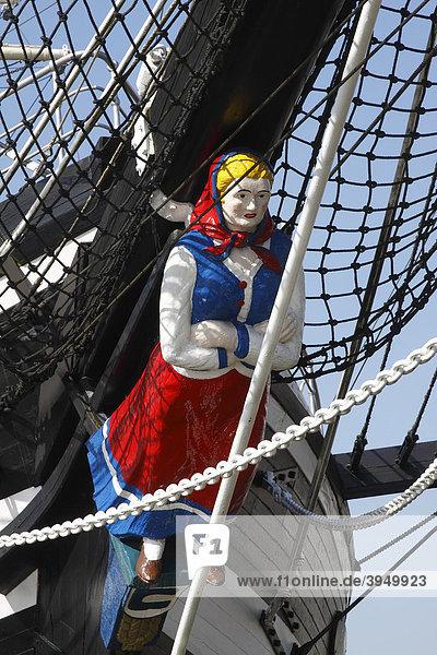 Galionsfigur  Altes Segelschiff Seute Deern  Windjammer  Museumsschiff  Alter Hafen von Bremerhaven  Bundesland Bremen  Deutschland  Europa