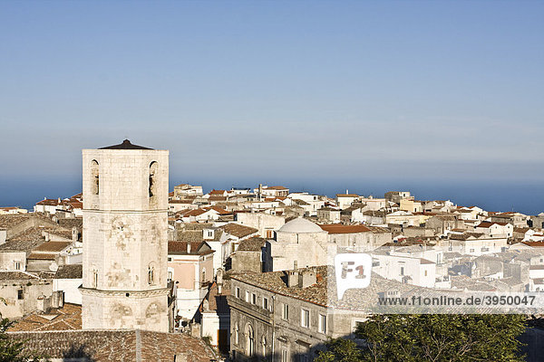 Stadt Monte Sant'Angelo  Gargano  Foggia  Apulien  Italien  Europa