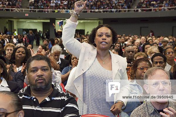 Lehrer von öffentlichen Schulen bei einer Tagung der Gewerkschaft American Federation of Teachers  Detroit  Michigan  USA