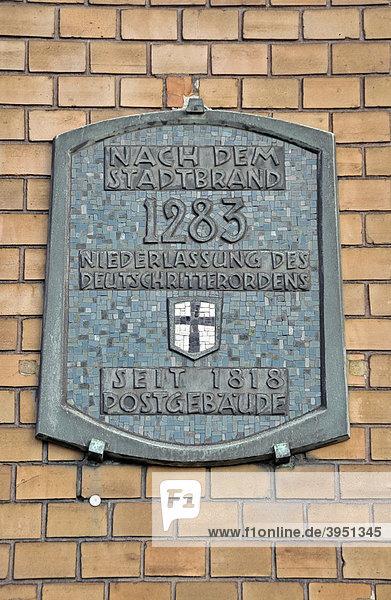 Schild am historischen  leerstehenden Gebäude der Deutschen Bundespost  Poststraße in Duisburg  Nordrhein-Westfalen  Deutschland  Europa