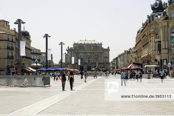 Opernhaus und Place de la ComÈdie  Montpellier  Languedoc-Roussillon  Frankreich