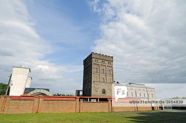 Maschinenhaus  Malakowturm  Zeche Hannover  LWL Industriemuseum  Route der Industriekultur  Bochum  Ruhrgebiet  Nordrhein-Westfalen  Deutschland  Europa