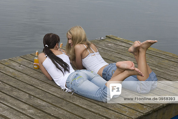 Mädchen  Teenager  Alkohol  Trinken  Freizeit