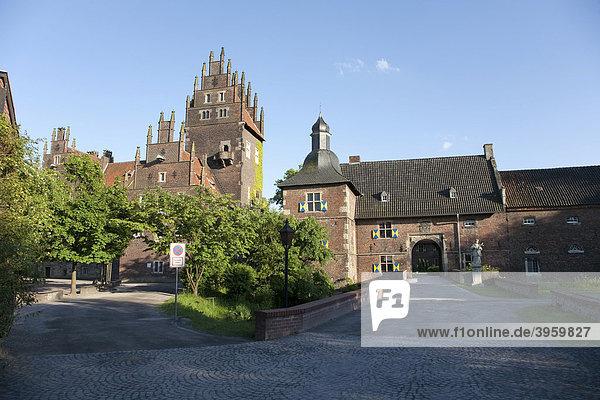Schloss Heessen  Nordrhein-Westfalen  Deutschland  Europa