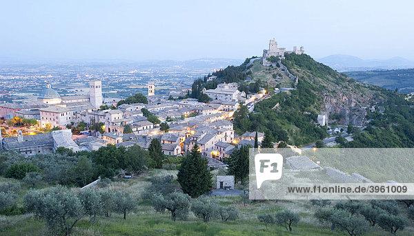 Assisi früh am Morgen  Umbrien  Italien  Europa