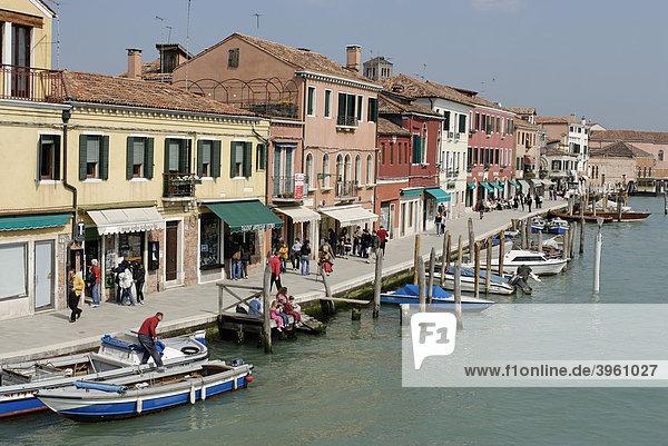 Am Canale Grande di Murano  Insel Isola Murano  bei Venedig  Venezia  Italien  Europa