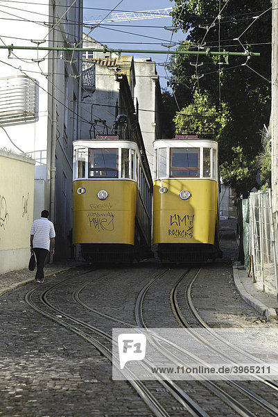 The Elevador Gloria  connection between the Baixa district and the higher situated Chiado district  Lisbon  Portugal  Europe