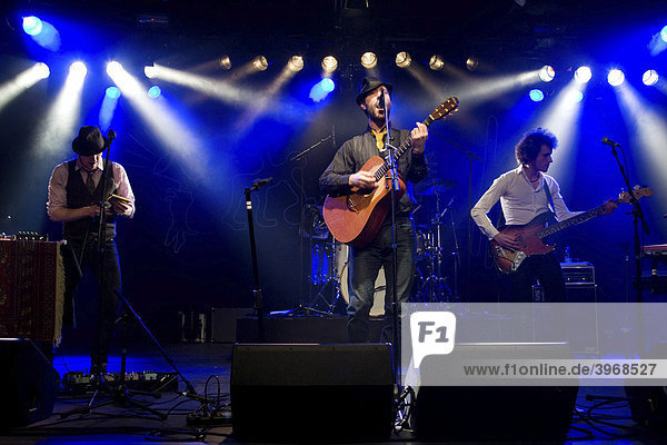 Charlie Winston  British singer and songwriter  performing live with band at the Schueuer concert hall  Lucerne  Switzerland