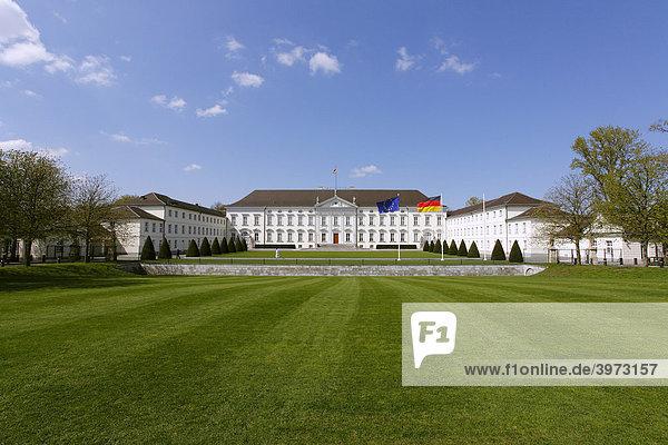 Schloss Bellevue in Berlin  Deutschland  Europa