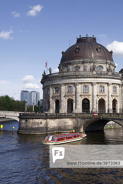 Boat on Spree River in front of Bode Museum on Museum Island  Berlin  Germany  Europe