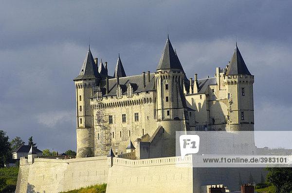 Schloss Saumur  Chateau de Saumur  Maine-et-Loire  Saumur  Loire-Tal  Frankreich  Europa