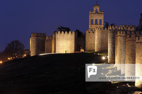 ¡vila city wall at dusk  Castilla-LeÛn  Spain  Europe