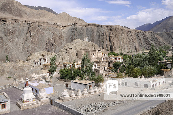 View of the village with choerten and castle ruins in front of Alchi  Ladakh  India  Himalayas  Asia