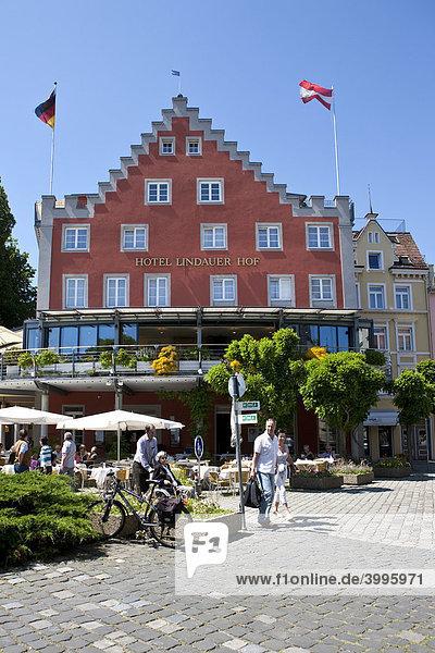 Der Lindauer Hof in Lindau  Lindau am Bodensee  Bayern  Deutschland  Europa