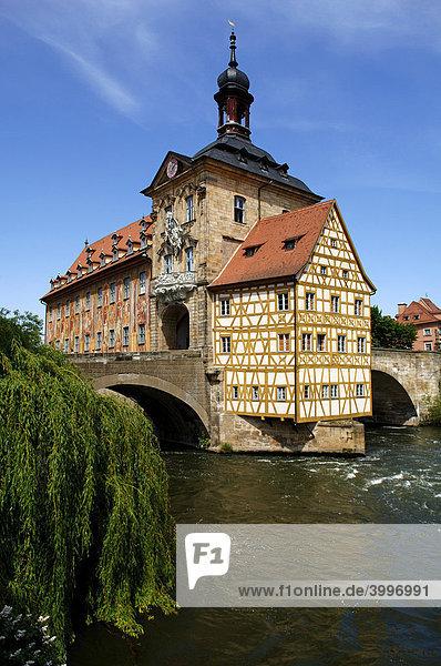 Altes Rathaus in der Regnitz  Bamberger Dom  Bamberg  Oberfranken  Bayern  Deutschland  Europa