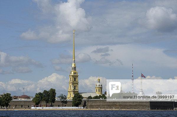 Peter-und Paul-Festung mit Peter-und Paul-Kathedrale  Sankt Petersburg  Russland  Europa