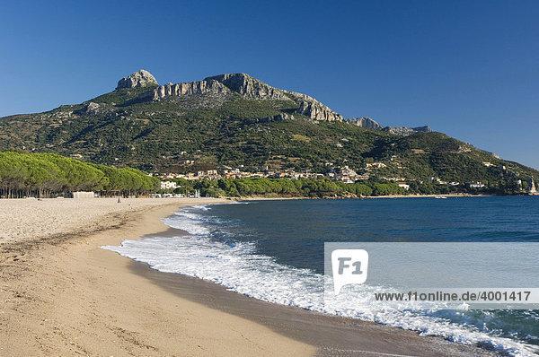 Sandstrand  Küste  Bucht von Santa Maria Navarrese  Sardinien  Italien  Europa