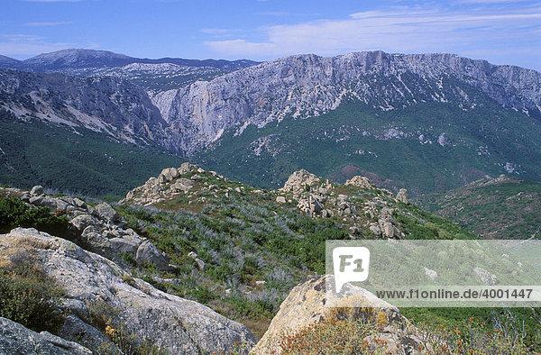 Supramonte und Gennergentu Gebirge bei Dorgali  Sardinien  Italien  Europa