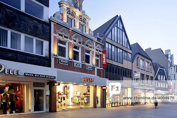 Shops in a city  Recklinghausen  Ruhr area  North Rhine-Westphalia  Germany  Europe