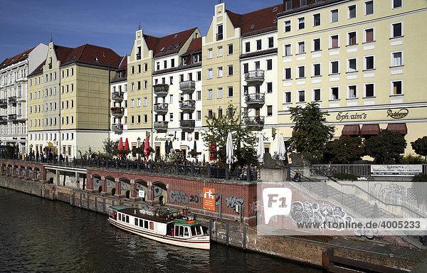 Nikolaiviertel  Nikolai Quarter  Spree River  Mitte  Berlin  Germany  Europe