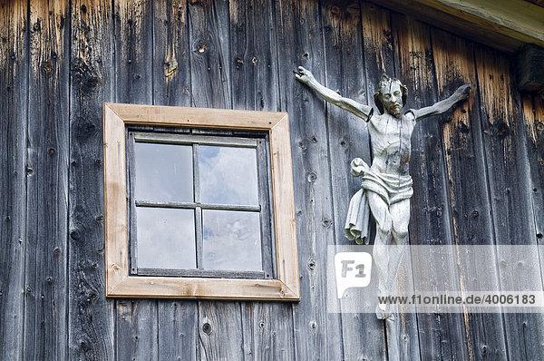 Kruzifix  Alm im Dorfertal  Österreich  Europa