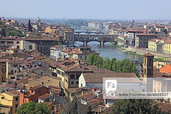 Blick von der Piazza Michelangelo auf die Stadt  Firenze  Florenz  Toskana  Italien