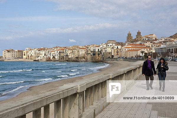 Lakeside promenade of Cefalu  Sicily  Italy  Southern Europe