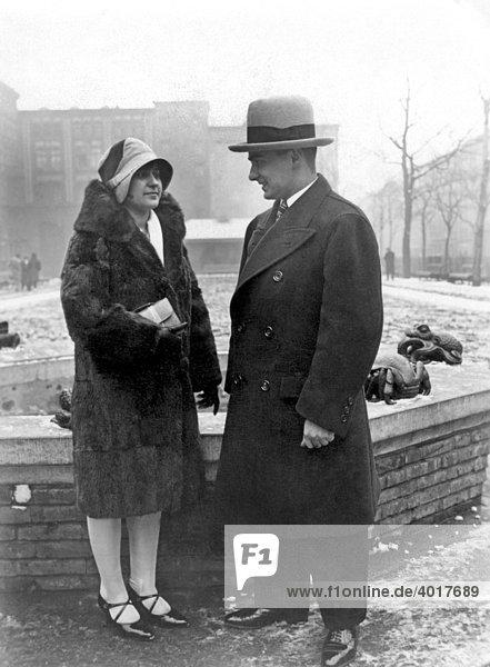 Paar  Mode  historische Aufnahme  ca. 1924