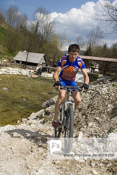 Mountainbiker  Weyer  Oberösterreich  Österreich  Europa