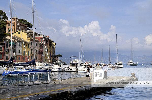 Naturhafen von Portofino  Riviera di Levante  Italien  Europa