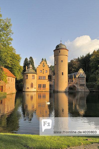 Wasserschloss Mespelbrunn  Spessart  Franken  Bayern  Deutschland  Europa