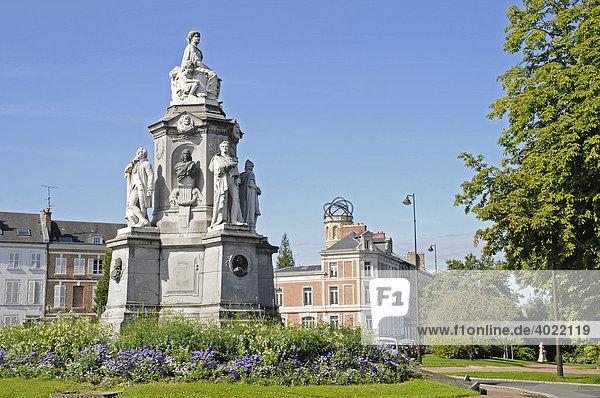 Denkmal  Wohnhaus  Museum Jules Verne  Stadtansicht  Amiens  Picardie  Frankreich  Europa