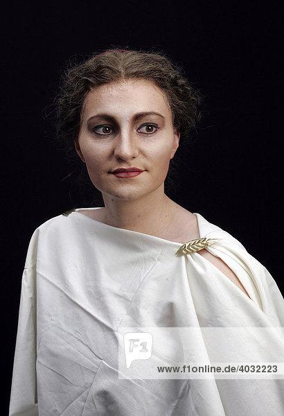 Römische Frau  Maskenbild  Theatermaske  Opernmakeup