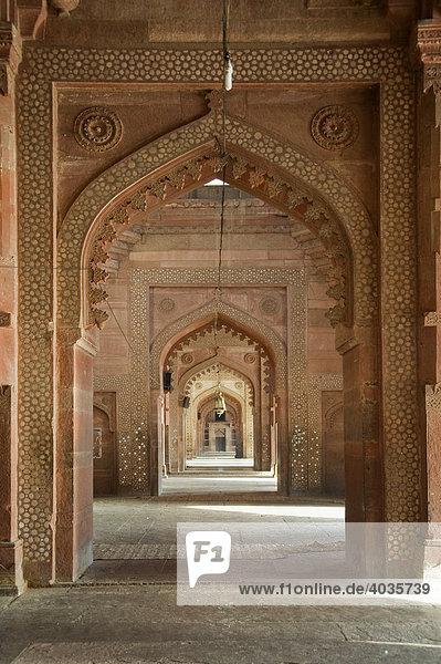 Jama Masjid Moschee  Gebetshalle  Fatehpur Sikri  Welterbe der UNESCO  Uttar Pradesh  Indien  Südasien