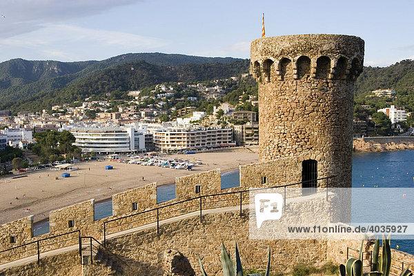 Blick auf Tossa de Mar  Costa Brava  Spanien  Europa