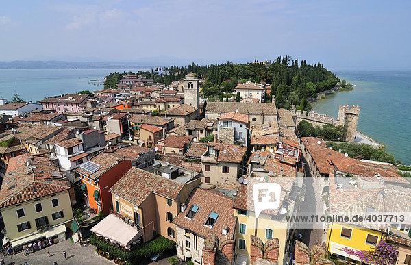 Sirmione  Gardasee  Lago di Garda  Lombardei  Italien  Europa