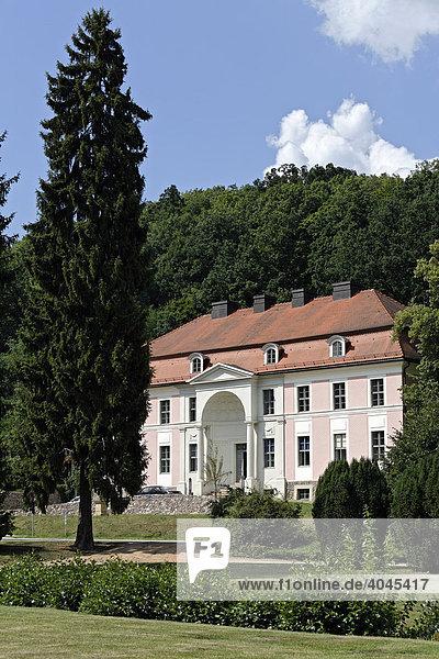 Historisches Kurmittelhaus  Kurpark Bad Freienwalde  Märkisch-Oderland  Brandenburg  Deutschland  Europa