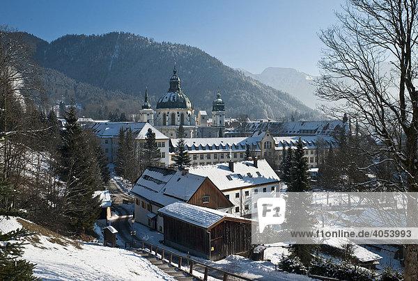 Das barocke Benediktinerkloster Ettal  Ettal  Graswangtal  Bayern  Deutschland  Europa