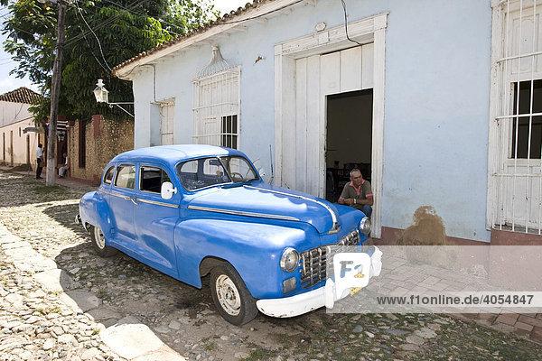 Oldtimer in Trinidad  Provinz Sancti Spíritus  Kuba  Lateinamerika  Amerika