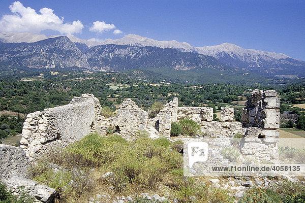 Antike Ruinenstadt am Berghang  Tlos  Fethiye  Provinz Mugla  Türkei