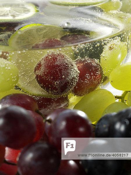 Traubenbowle mit Weintrauben - Rezeptdatei vorhanden