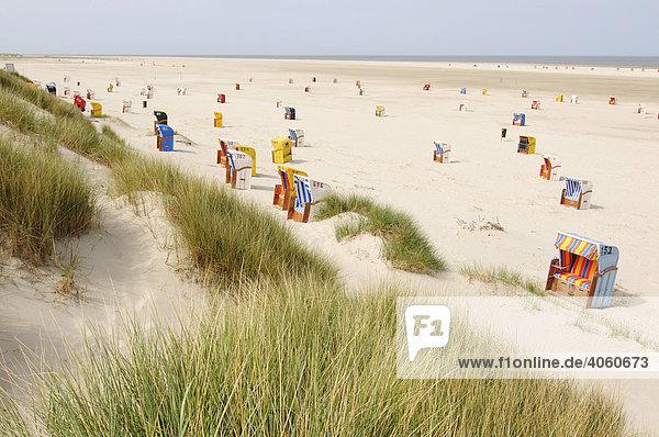 Strandkörbe bei Norddorf  Insel Amrum  Nordfriesland  Nordsee  Schleswig-Holstein  Deutschland  Europa