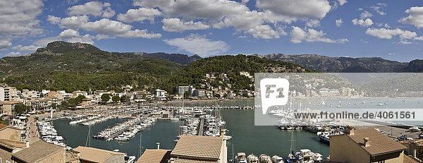 Soller Harbour  Majorca  Balearic Islands  Spain  Europe